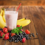 Banana Berry Breakfast Smoothie