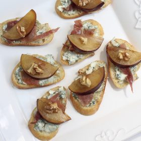 Plum Bruschetta with Blue Cheese