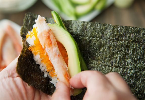 avocado-hand-roll