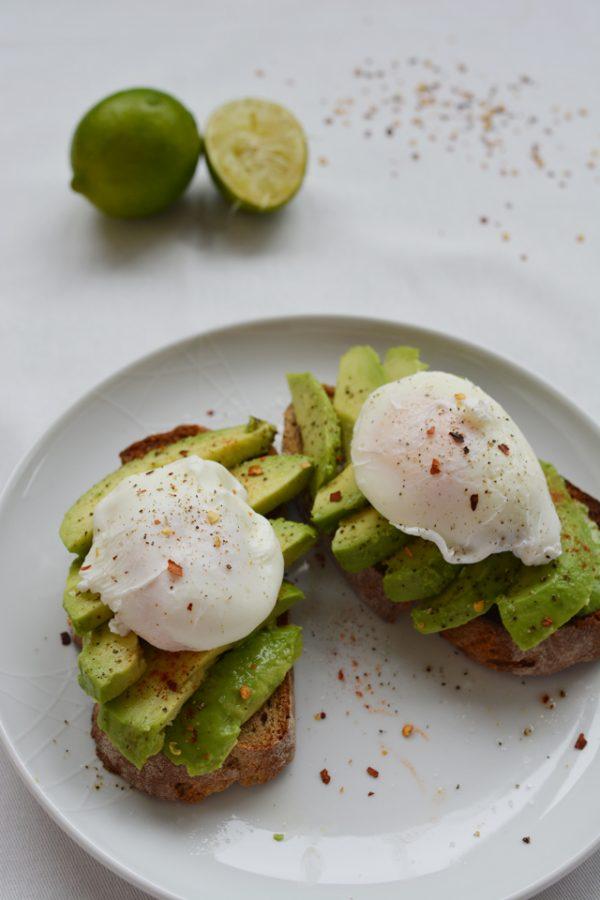 avocado-poached-egg-brunch