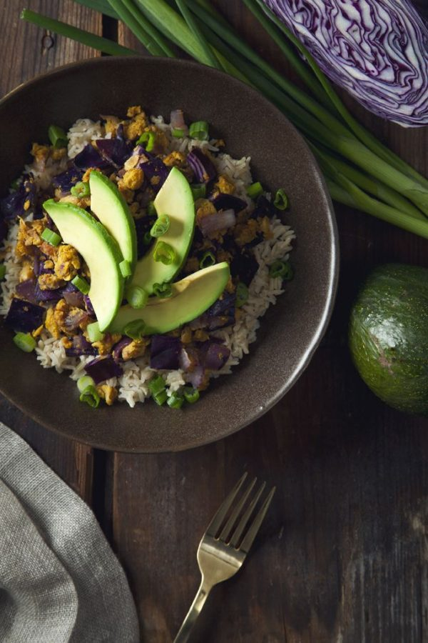 chickpea-scramble-red-cabbage-brown-rice-bowls