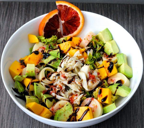 crab-mango-avoacdo-salad