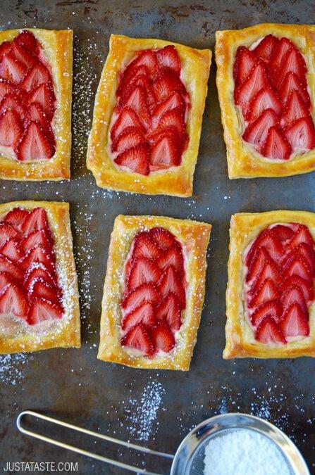 5-ingredient-strawberry-breakfast-pastries-recipe