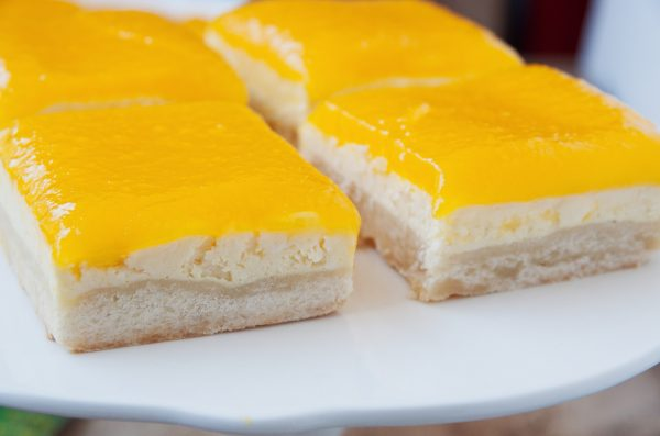 Papaya Cheesecake Bars