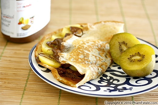 chocolate-kiwi-crepe