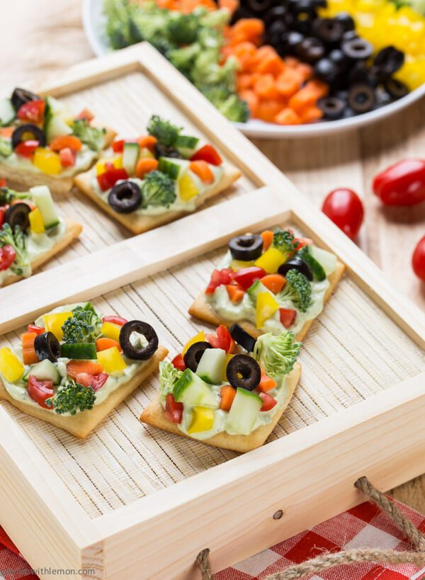 Avocado-Ranch-Veggie-Pizza-Bites-2-of-2