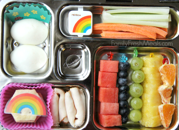 Tons-of-lunchbox-ideas-for-kids-Rainbow-Lunch-FamilyFreshMeals.com_