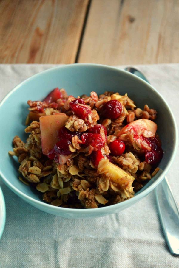 Spiced Cranberry Apple Crumble Bowl