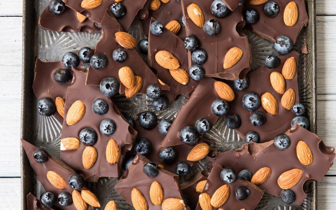 Chocolate Blueberry SUPERFOOD Bark
