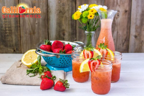 Strawberry Basil Lemonade-hero
