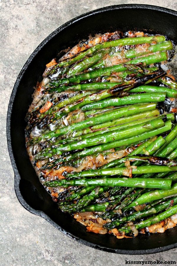 Grilled-Asparagus-with-Brown-Butter-and-Shallots_KissMySmoke