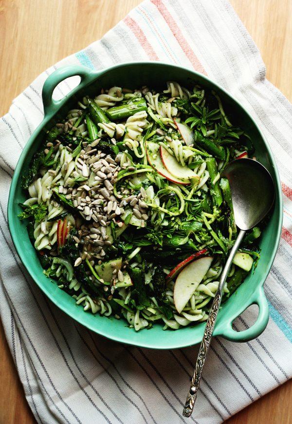 grilled-asparagus-nectarine-pasta-salad_FromTheLandWeLiveOn