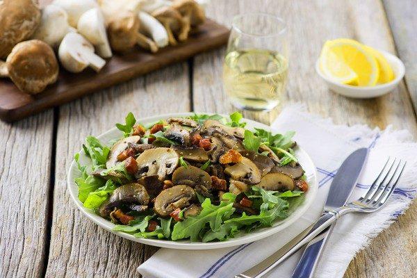 warm_ontario_mushroom_salad-017-Edit-copy-600x400