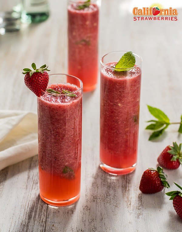 Skinny-Strawberry-Watermelon-Mojito-600x763
