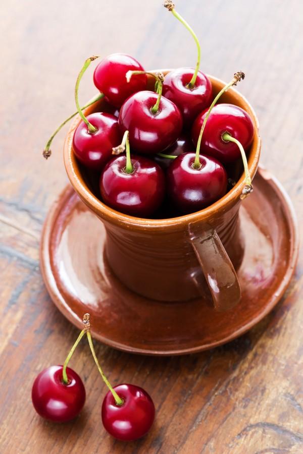 cherries-256951327-600x900