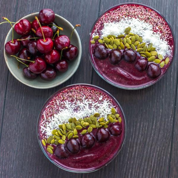 cherry-acai-bowls-3221-600x600