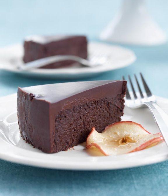 La Pomme Noire – Dark Chocolate Apple Cake