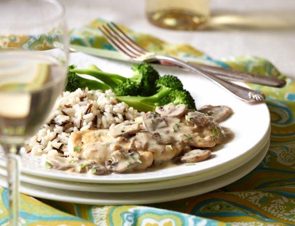 Chicken Scallopini with Mushroom-Tarragon Sauce