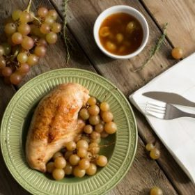 One-Pan Chicken with Muscat Grapes