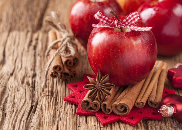 Apple Decoration