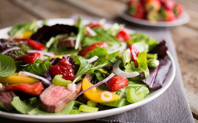 Strawberry and Steak Salad