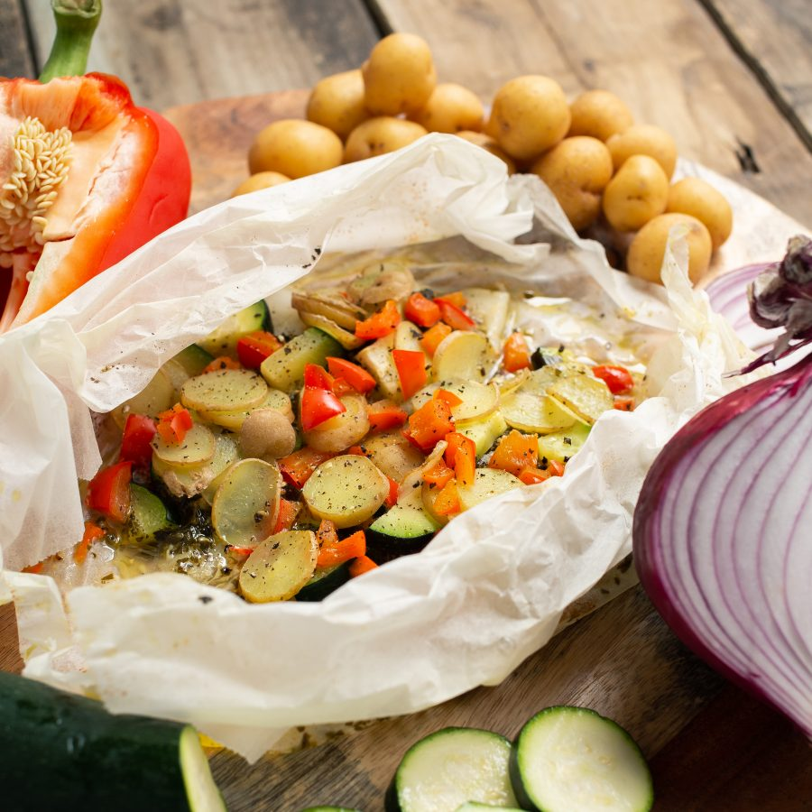 pesto fish parcel with vegetables