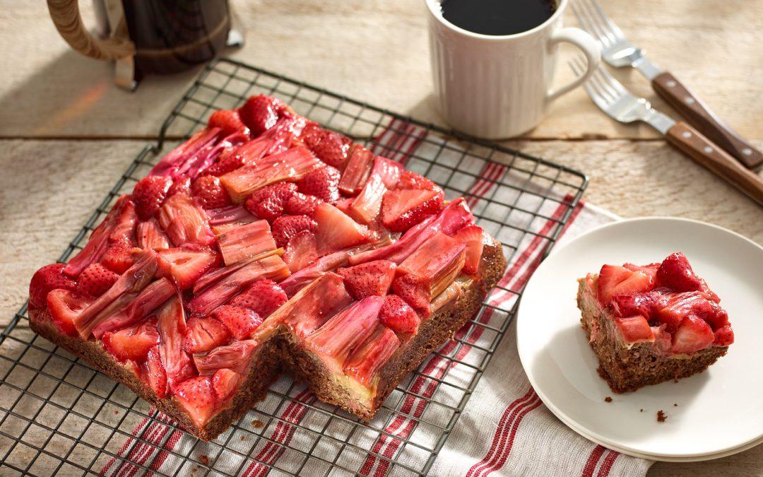 Strawberry Rhubarb Spice Cake