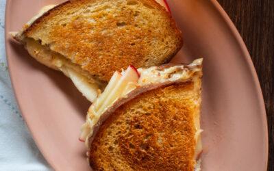 Honeycrisp Apple Gouda Grilled Cheese